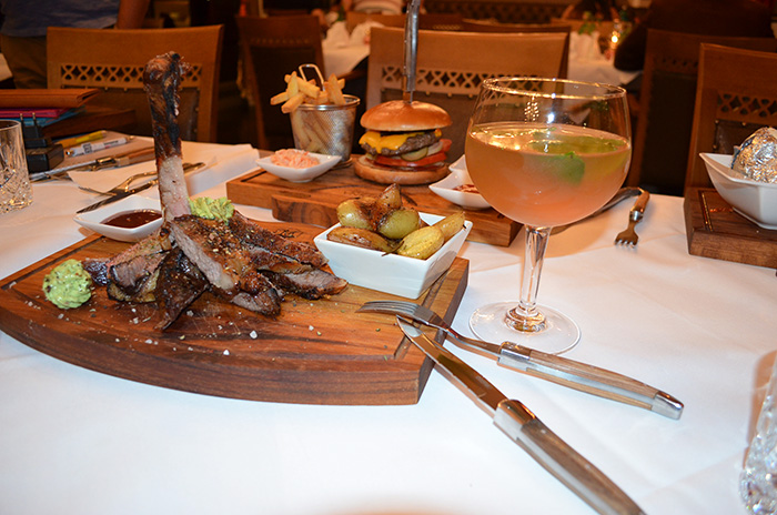 halalfood im test das medina steaks more in frankfurt maroczone. Black Bedroom Furniture Sets. Home Design Ideas