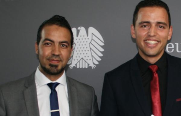 Zwei Marokkaner im Bundestag – Doppelinterview mit Mohammed El Ouahhabi und Ayyoub Hamdani