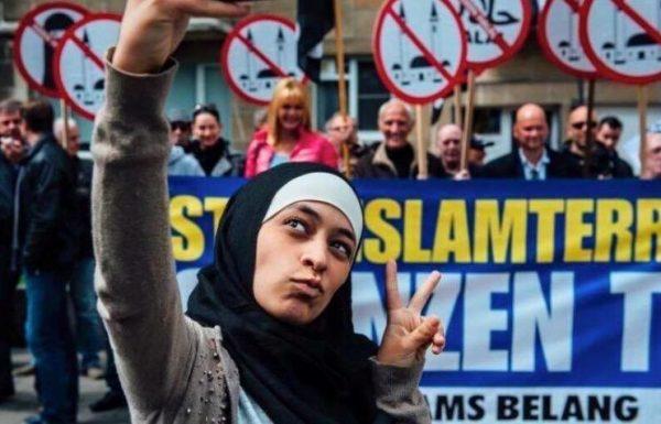#ZakiraBelkhiri: So wurde eine junge Muslimin zum Star